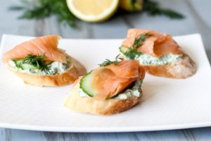 Бутерброды с красной рыбой - рецепт приготовления