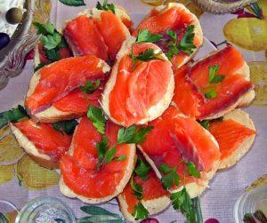 как приготовить бутерброды с красной рыбой