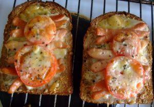 как приготовить горячие бутерброды в духовке
