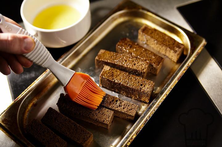как приготовить гренки в духовке