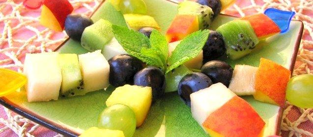 как сделать канапе из фруктов