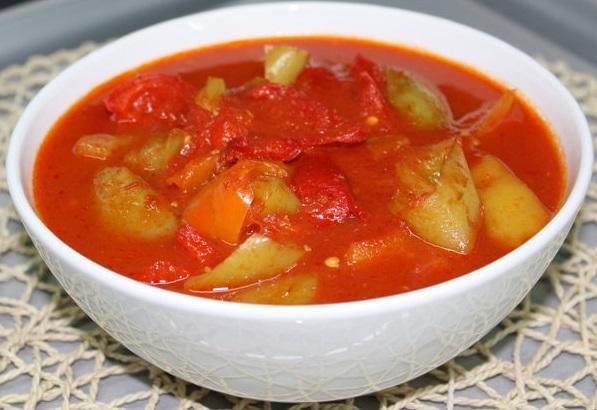 лечо с помидорами и перцем на зиму