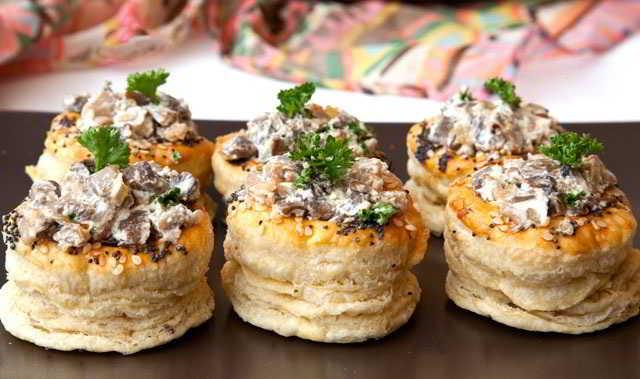 закуска с грибами