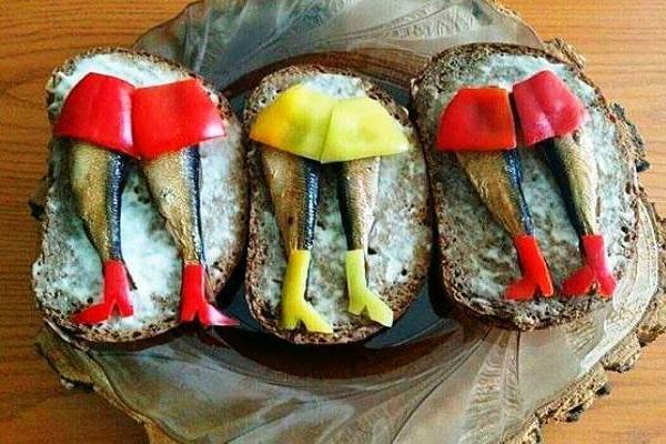 бутерброды с мойвой