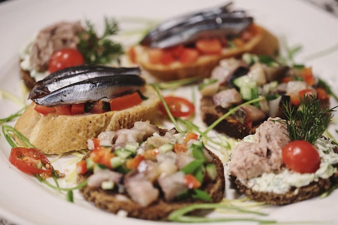 бутерброды с сайрой