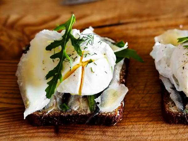 бутерброды с яйцом